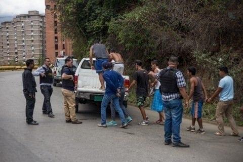 Extranjeros detenidos en la Cota 905 serán enviados a su país