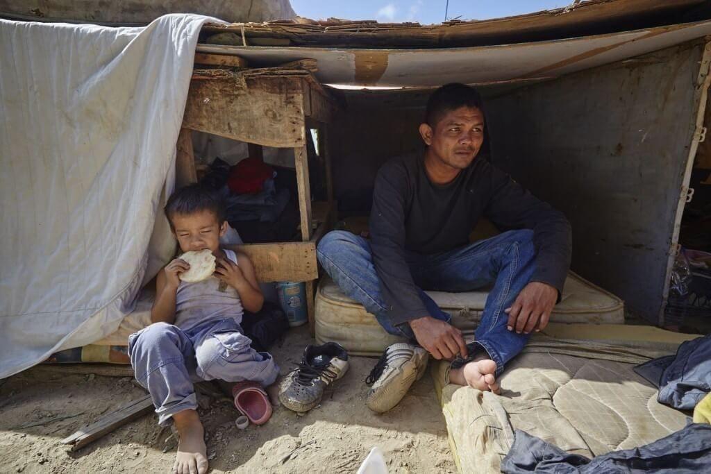 Padres exigen un techo donde puedan tener a sus hijos. Cristian Hernández/Crónica Uno