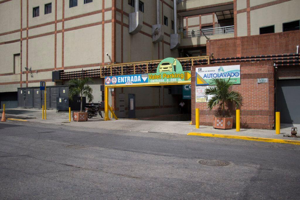 001-estacionamientos-_MG_0412