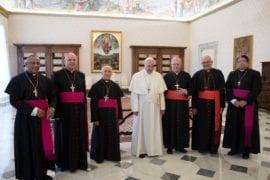 El Papa tomó un atajo para nombrar al arzopispo de Caracas y saltarse al Gobierno