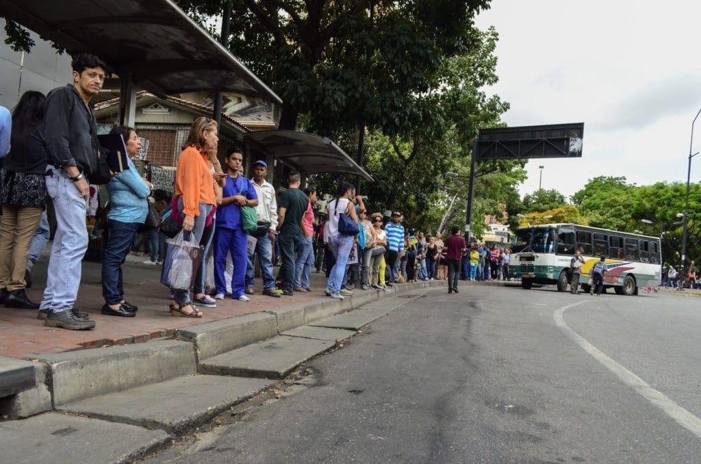 Recorrido de transporte - Chacaito<br /> Foto: Luis Miguel Cáceres / Crónica Uno