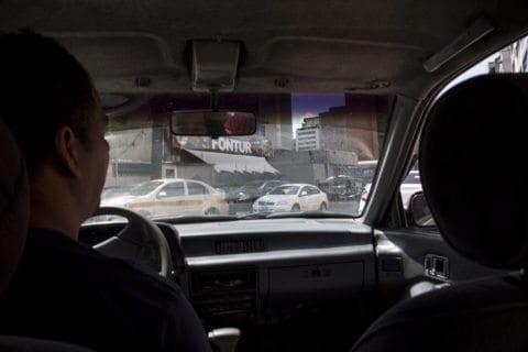 Entrevista, Taxi
