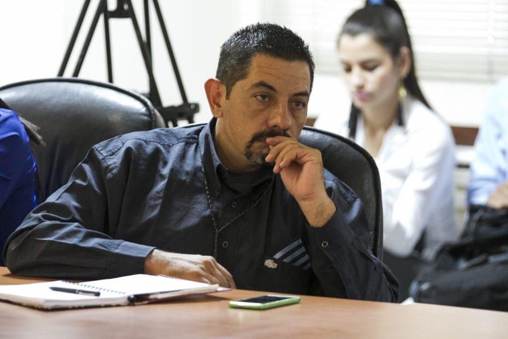 omisión consultiva de AN se reunió con las familias de la víctimas de la represión y presos políticos.<br /> José Santa maría, ex-preso.<br /> Foto: Luis Miguel Cáceres