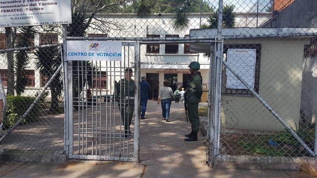 Centro de votación en Táchira