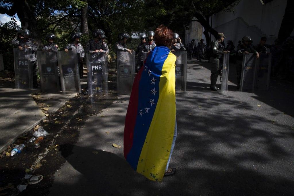 Protesta morgue Oscar Perez