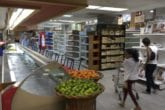 El régimen cambiario y la fijación de precios pusieron en la mesa más restricciones que alimentos