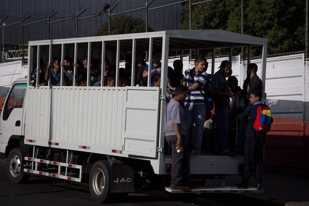 Camiones, transporte publico, el junquito
