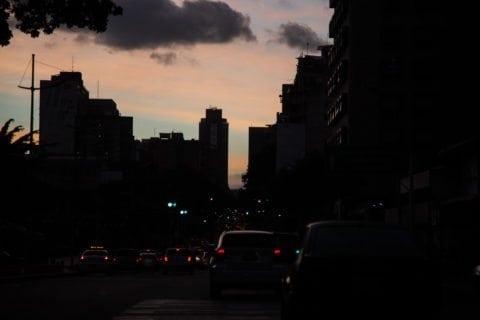 sebin   luz   parque carabobo