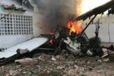 Avión se estrella contra una casa en Ciudad Bolívar