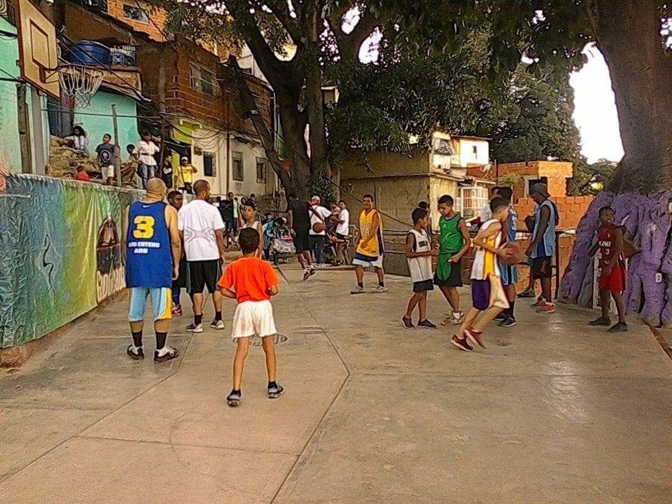 Fundación La Acequia rescata valores familiares a través del deporte y la recreación