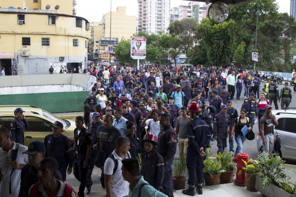 0180426 Protestas Bomberos