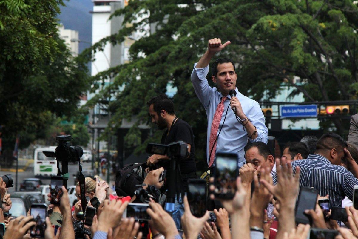 Estiman pérdidas de 875 mdd en Venezuela por apagón