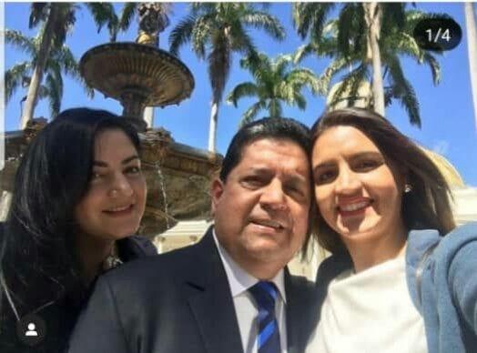 Edgar Zambrano y sus hijas