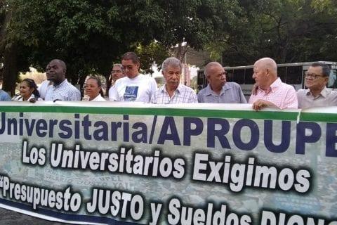 docentes y trabajadores de la upel maracay