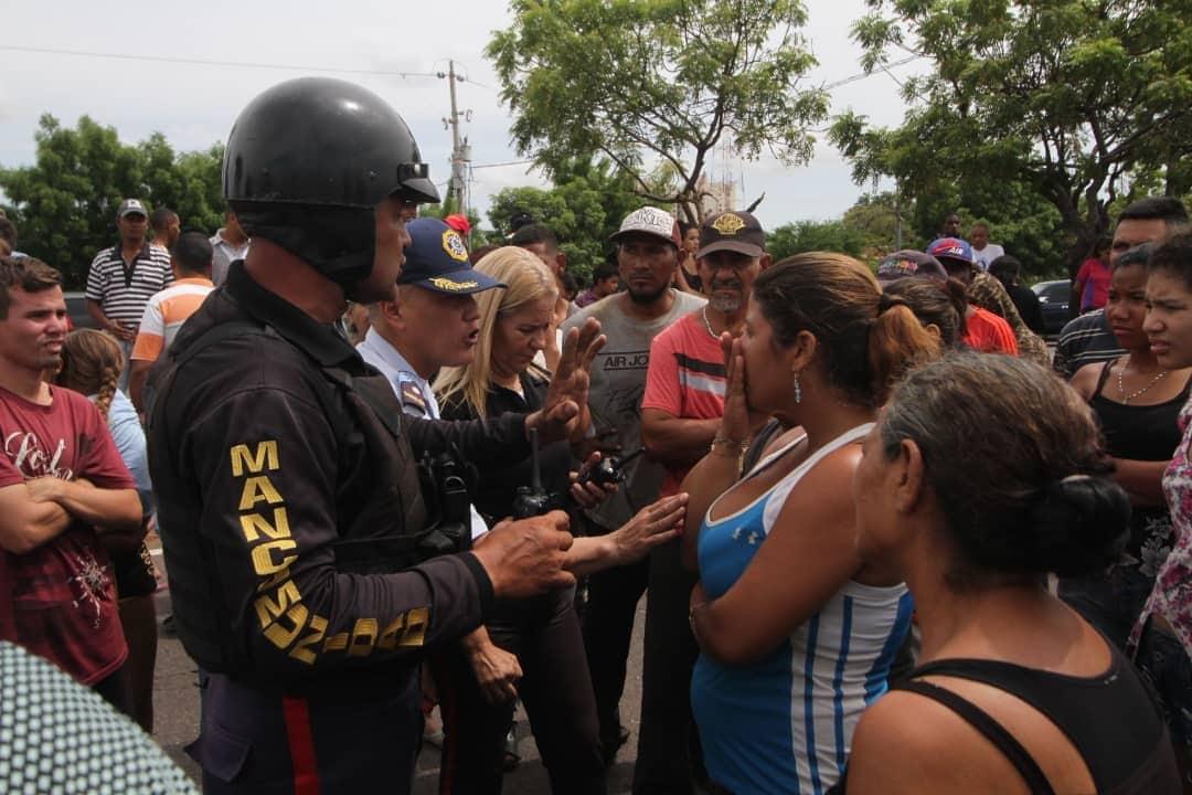 gnb agredió a muejeres que protestaban
