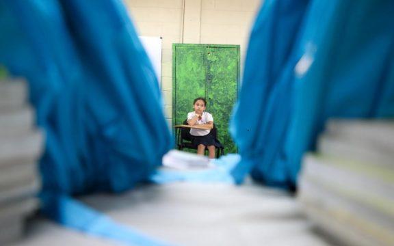 Unicef-escolares-escuela-cronicauno-576x360.jpg