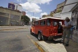 Detienen a tres jóvenes que robaban camioneticas en San Martín