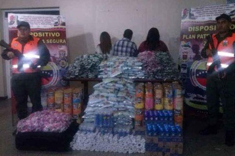 Detienen en aeropuerto de La Chinita a bachaqueros con media tonelada de leche