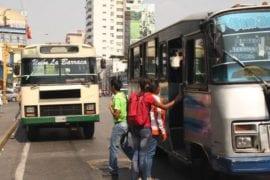 desvalijan autobuses
