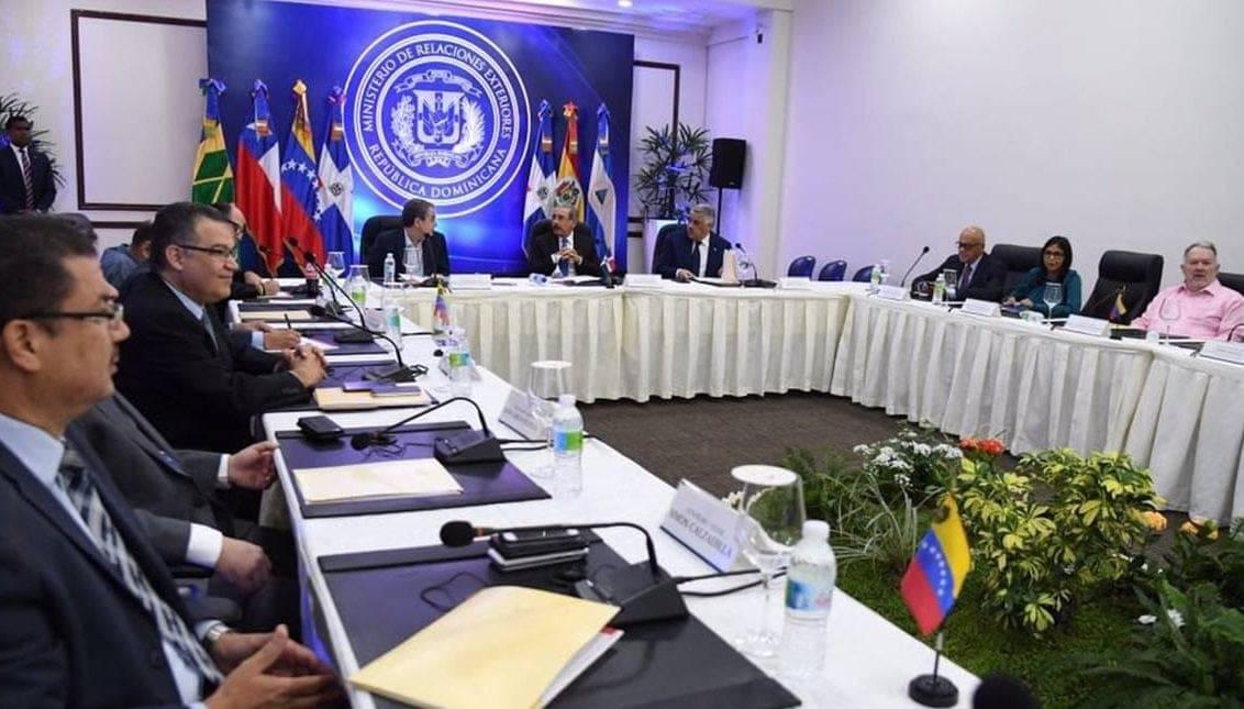 Dominicana confirma reunión entre Gobierno y oposición de Venezuela esta tarde