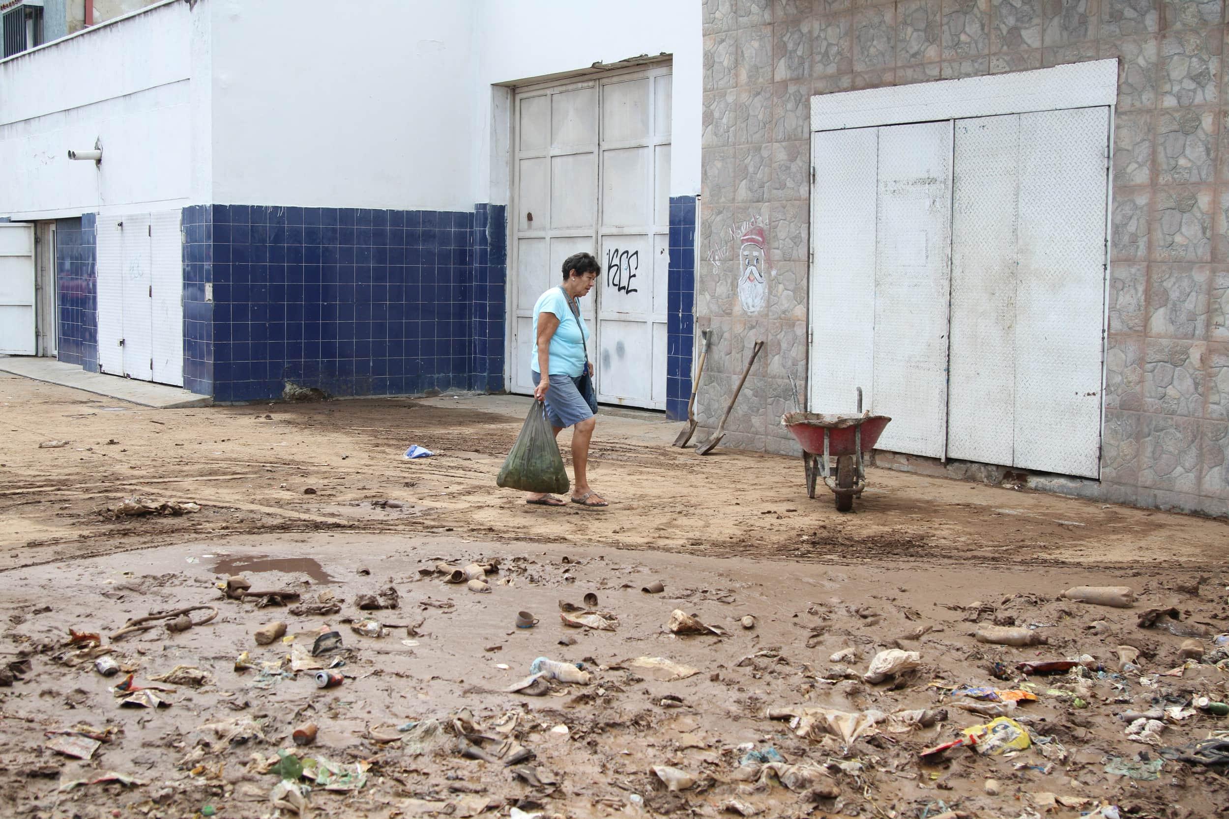 Deslave-en-Vargas015.jpg