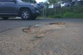 huecos minan las calles de Ciudad Guayana