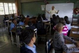 suspenden salarios-maestros