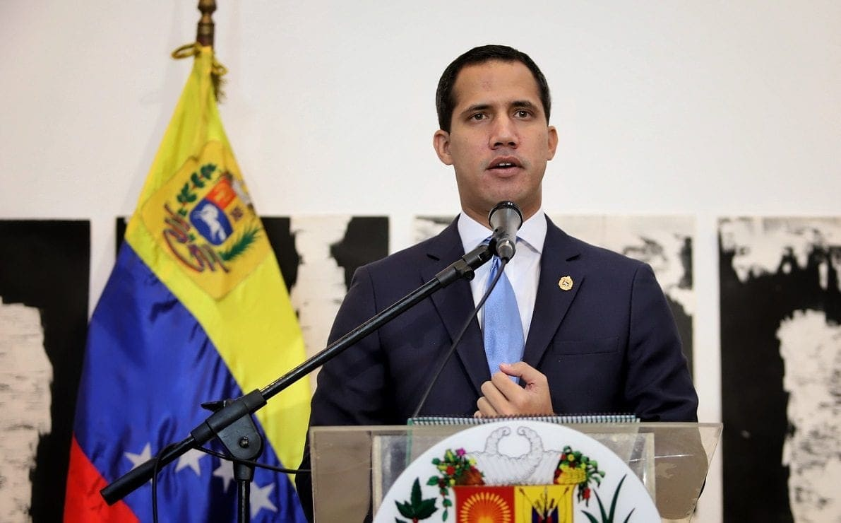 Guaidó comenzó a formar gabinete