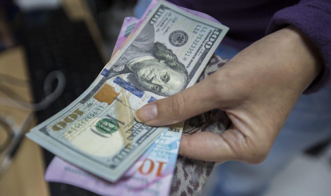 dólar en