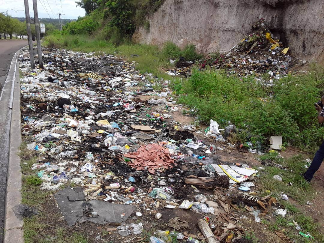 En Maturín vecinos improvisan vertederos de basura ante la falta de aseo - Crónica Uno