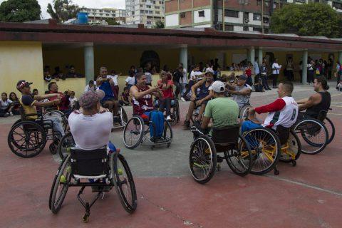 Lesionados-medulares-Fe y Alegria-baloncesto